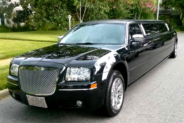 Fresno California Chrysler 300 Limo